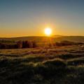 Západ slunce na Šumavě je prostě nádherný! 😊☀️ Snad vám zlepšil den! ❤️ . . . . . . . . #rekavltavaig #sumavsko …