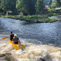 Vodáci, na vodu můžete nastoupit i ve Vyšším Brodě a najet tak šedesáti osmi kilometrovou trasu do Boršova. Dá se to…