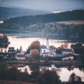 Frymburk prostě nikdy nezklame. Tento městys leží na poloostrově na severním břehu vodní nádrže Lipno a opravdu stojí…