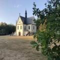 Víte jakému slavnému rodu patří tato hrobka ležící v orlickém zámeckém parku? 🧐 . . . . . . . . . . #usek4 …