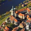 Dnes na počest soutoku Labe a Vltavy 😊 PS: Nejhezčí výhled na soutok je z Vrázovy vyhlídky u zámku. . . . . . . . . …